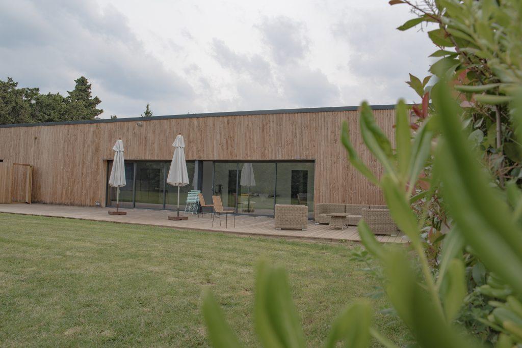 Baux de Provence - Domaine Mejan - Hotel - Salle et terrasse