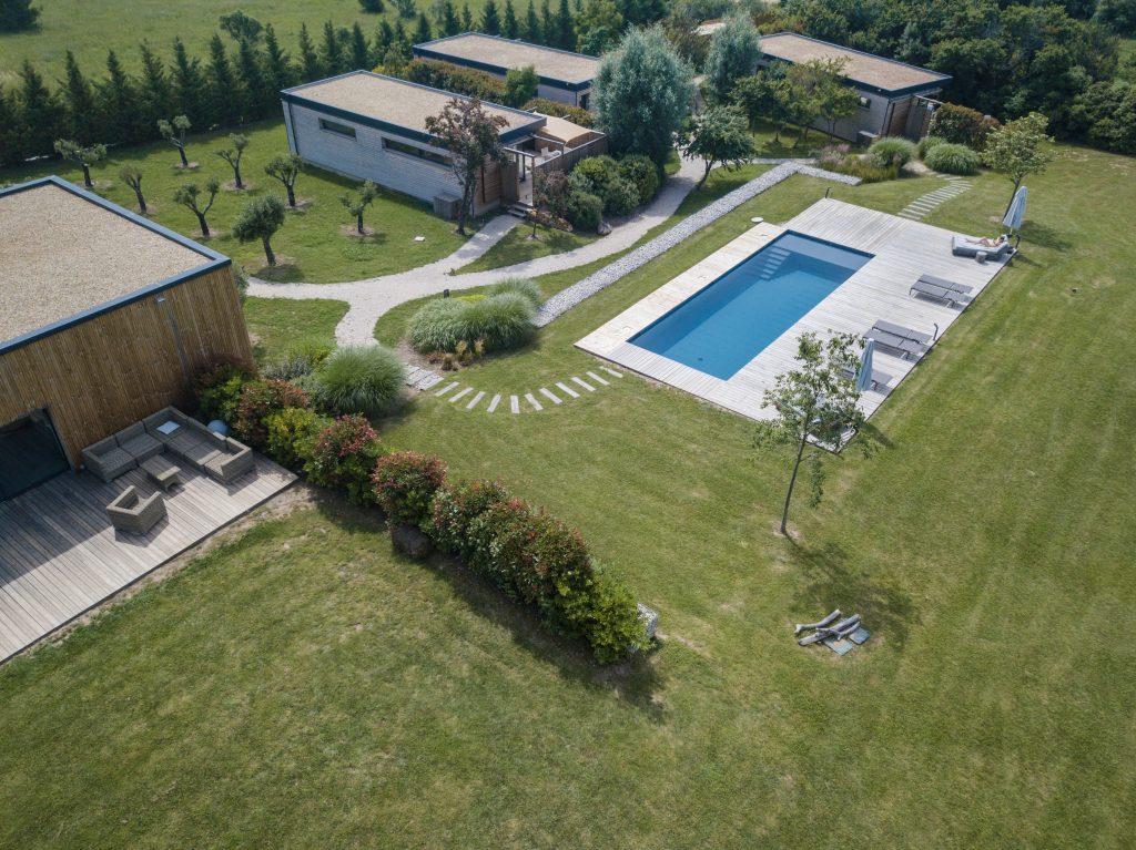 Baux de Provence - Domaine Mejan - Hotel - Vue Drone piscine