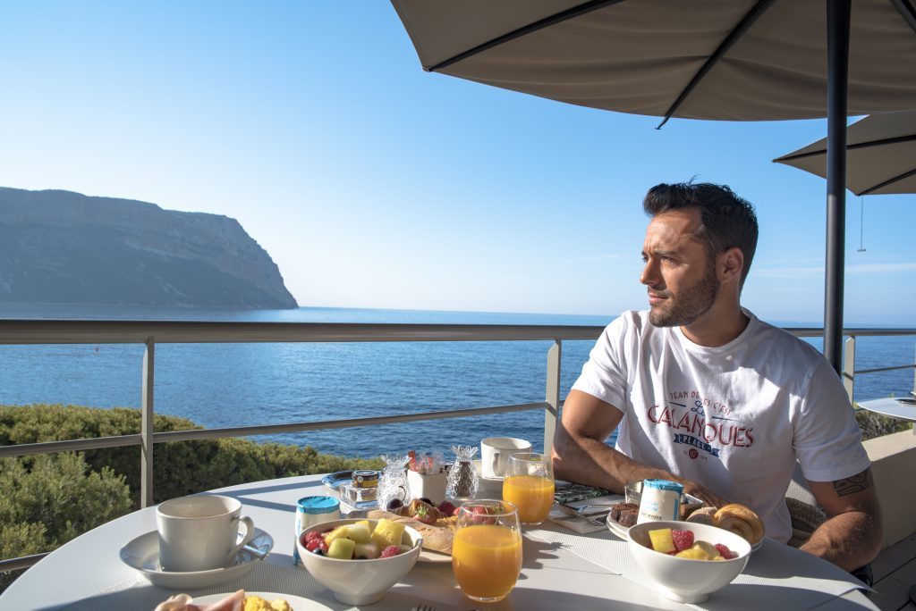 Cassis - Les Roches Blanches - Hotel - Breakfast / Morning