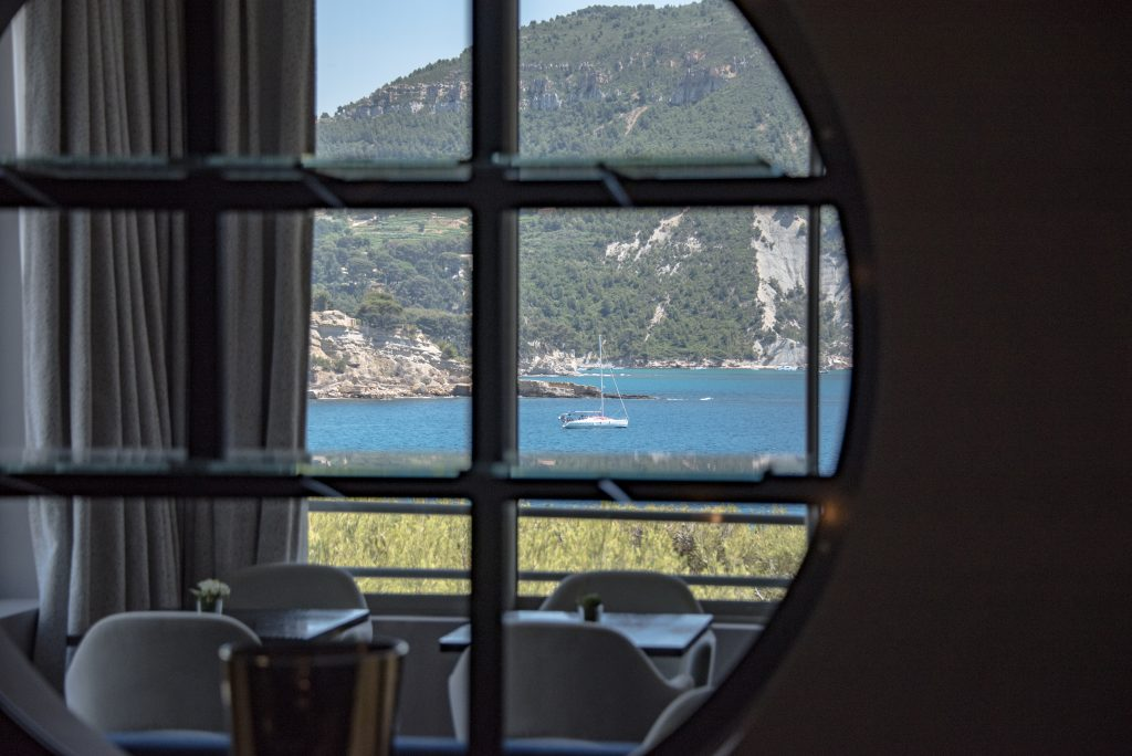 Cassis - Les Roches Blanches - Hotel - Windows