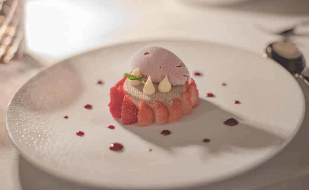 Cassis - Les Roches Blanches - Hotel - Tarte fraises revisité
