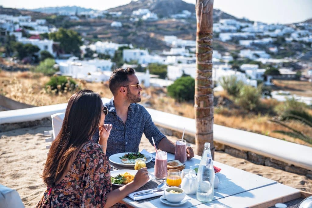 Katikies Hôtel Mykonos | Breakfast with a view