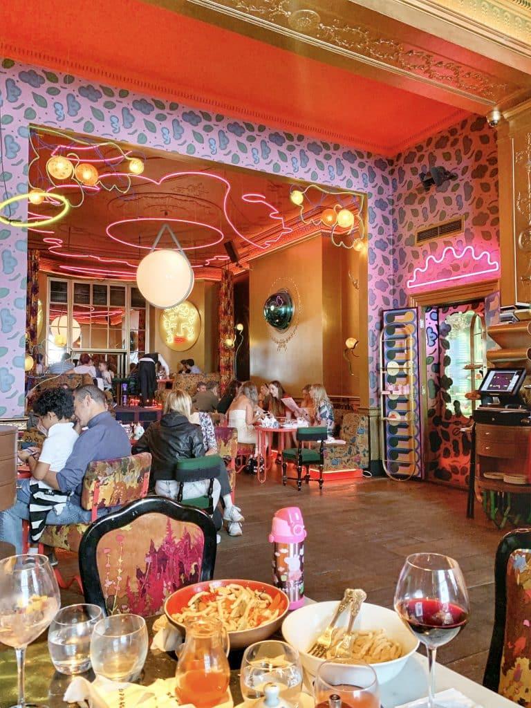 Le Sketch Restaurant